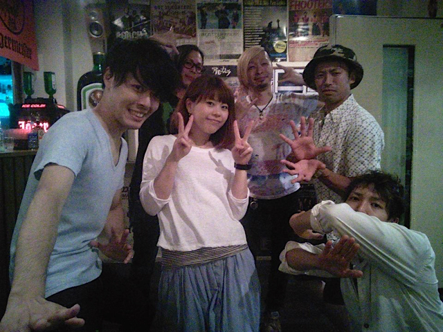 小野さんとホタバン! 右上のカメハメハが小野さんです。