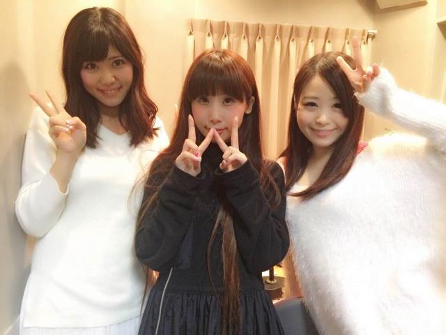 調布FMラジオ収録にて、栗山夢衣さん(右)と。
