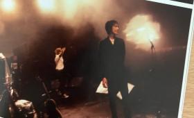 連載◆shino muramoto「虹のカケラがつながるとき」第40回「ギターで感情を表す本能のギタリスト~アベフトシさんを偲んで」