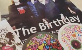"""連載◆shino muramoto「虹のカケラがつながるとき」第45回「チバユウスケに、The Birthdayの揺るぎないバンド力に魅せられた夜 """"GLITTER SMOKING FLOWERS TOUR""""」"""
